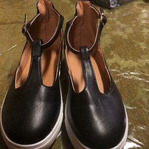 Shoes - ⭐️⭐️⭐️Black shoes size 39